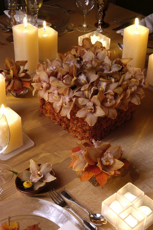 place settings, table setting,flowers,reception ideas